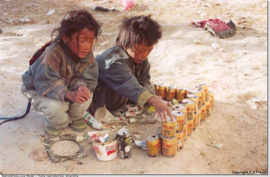 tibetenfantsjouantconservesag.jpg